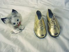 {child's golden oxfords} so cute!