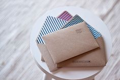 FREE printable: handmade kraft envelopes with chevron and striped liners