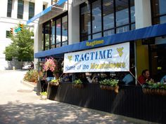 Ragtime in northern Arlington is the official Virginia game watch location for the National Capital Area Chapter of the WVU Alumni Association. Mountaineer game watches here are very popular, so be sure to arrive early!