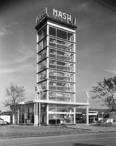"NASH Motors ""show tower"""