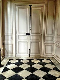 patigubieda: Clásicos del interiorismo. EL SUELO DE DAMERO
