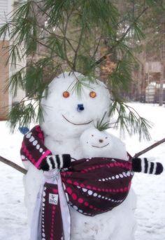 Frosty The Snowmen, Cute Snowman, Winter Fun, Winter Time, Snow Activities, Snow Much Fun, Snow Sculptures, Snow Art, Build A Snowman