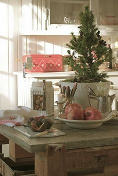 http://shabbyinlove.blogspot.it/2013/12/christmas-kitchen-decor-ideas.html