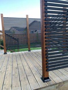 Backyard Patio Designs, Backyard Fences, Backyard Projects, Backyard Landscaping, Small Patio Design, Small Backyard Patio, Patio Ideas, Privacy Screen Outdoor, Diy Privacy Fence