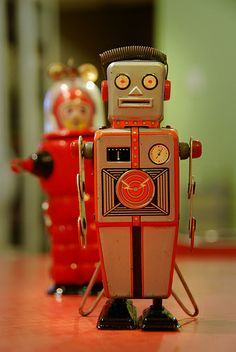 Mechanical Robot Yonezawa circa 1950's by Robot Panda, via Flickr