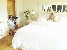 Lauren Conrad's bedroom is gorgeous!  Look at all the starfish and shells on her headboard!