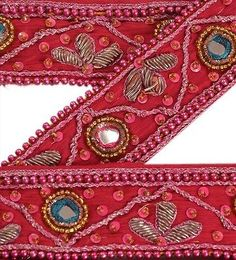 Sanskriti Vintage Sari Border Hand Beaded Appliques Craft Trim couture dentelle roses