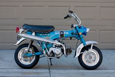 Honda ST70 Dax. Chrome fenders.