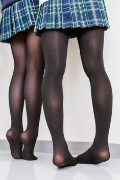 Pantyhose Outfits, Nylons And Pantyhose, Fashion Tights, Tights Outfit, Stockings Legs, School Girl Outfit, Stocking Tights, Cute Girl Outfits, Girls In Leggings