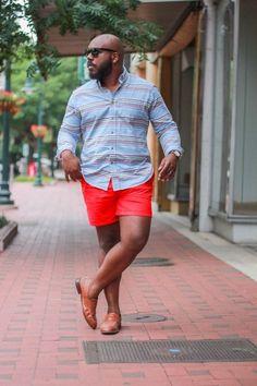 E vamos combinar de usar uns shorts mais curtos?   15 dicas de moda que homens gays querem que héteros saibam