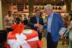 Pastís d'aniversari per la 20a edició entregat per Joan Roca, del Celler de Can Roca!