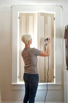 Diy interior shutters - How to Build Interior Shutters – Diy interior shutters Farmhouse Interior Shutters, Diy Interior Window Shutters, Rustic Shutters, Diy Shutters, Interior Windows, Repurposed Shutters, Inside Shutters For Windows, Wooden Shutters Indoor, Kitchen Shutters