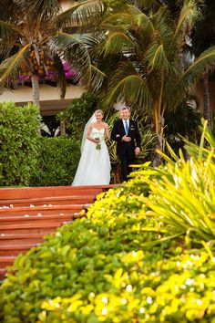 Grand Velas Riviera Maya Wedding from Elizabeth Medina Photography  Read more - http://www.stylemepretty.com/destination-weddings/2013/06/18/playa-del-carmen-wedding-from-elizabeth-medina-photography/