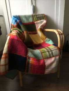 new ideas dress upcycle diy felted wool - UPCYCLING IDEAS - upcycling kleidung Recycled Blankets, Recycled Sweaters, Diy Plaid Blankets, Patchwork Blanket, Wool Blanket, Patchwork Ideas, Wool Pillows, Blanket Crochet, Sweater Quilt