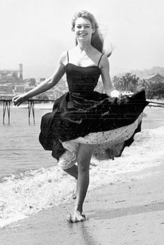 Style Inspiration: The Best Vintage Cannes Fashion Moments