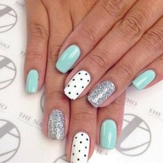 49 Summer Nails Colors And Manicures Short Nails Art Ideas Choose nail designs that best describe your dynamic personality and let this season be unique and unforgettable! There are all types of nail art designs, nail colors Nail Art Design Gallery, Best Nail Art Designs, Nail Designs Spring, Nail Art For Spring, Nail Art Ideas For Summer, Teen Nail Designs, Cute Spring Nails, Spring Art, Fall Nails