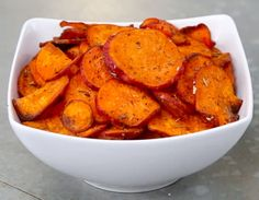 INGREDIENTS1 large sweet potato or yam4 tablespoons olive oil½ teaspoon salt½ teaspoon pepper1 teaspoon thymePREPARATION1. Preheat oven to 400˚F/200˚C.2. Cut sweet potato into ⅛-inch to ¼-inch slices.3. In a medium bowl, toss slices with olive oil and seasonings until fully coated.4. Arrange slices on a baking sheet.5. Bake for 25 - 35 minutes, flipping halfway.6. Allow slices to cool to room temperature.7. Enjoy!