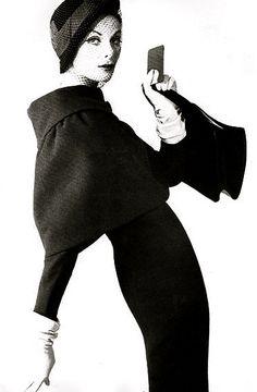 1959 - Gaines-Parnet suit photo Henry Clark