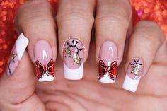 Diseño de uñas moño navideño2 Cute Christmas Nails, Xmas Nails, Chic Nails, Beauty Nails, Pretty Nails, Pedicure, Gel Nails, Nail Designs, Lily