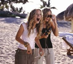 you can clearly tell i still have an obsession with these girls - love <3 -Mary-Kate and Ashley Olsen