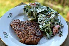 grilované maso se salátem Steak, Food, Eten, Steaks, Meals, Beef, Diet