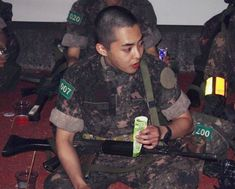 EXO Xiumin on military duties Kim Minseok Exo, Exo Xiumin, Exo K, Kim Min Seok, Xiu Min, Exo Memes, Kpop, Chanbaek, Ohana
