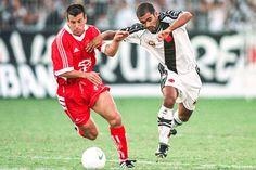 """""""Dunga"""" Carlos Caetano Bledorn Verri (Sport Club Internacional, 1980–1984, 10 apps, 0 goal + 1999–2000, 20 apps, 3 goals), during his last stint for Internacional between 1999 and 2000."""