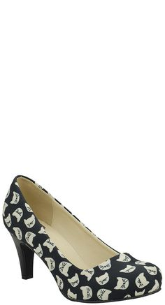 Look at this Black & Cream All Kitty Anti-Pop Pump on today! Black Like Me, Black And White Shoes, Black Cream, Most Expensive Shoes, Vintage Outfits, Vintage Fashion, Vintage Style, Cat Shoes, Shoes Heels