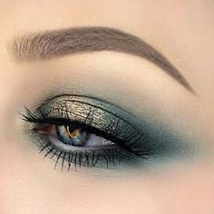 This eye makeup..
