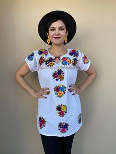 Hand embroidered blouse, mexican top, boho hippie shirt, floral, chiapas tee, colourful huipil, festival outfit, cinco de mayo, ethnic, coco Mexican Skirts, Mexican Top, Mexican Blouse, Mexican Outfit, Mexican Party, Hippie Shirt, Embroidered Blouse, Boho Hippie, Shirt Outfit