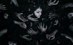 Her el uzatanı sahiplenmek en büyük hatasıdır yüreğin...