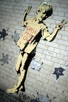 BANKSY - BOY Arte Banksy, Banksy Graffiti, Bansky, Street Art Graffiti, Urban Life, Urban Art, 2d Art, Street Artists, Les Oeuvres