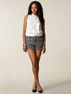 Naja Shorts - S'nob De Noblesse - Grå - Byxor & Shorts - Kläder - Kvinna - Nelly.com
