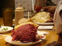 Not sure that I would like to go here yet, but it is definitely a possibility. Carnegie Deli (Midtown, 854 7th Ave)
