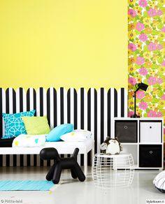 Kiva lastenhuone Pirkka-lehden tapaan. Kukkatapetti Eco Happy, raitatapetti Disney Magic Kids. www.k-rauta.fi     For the kids, wallpaper with flowers Eco Happy and wallpaper with stripes Disney Magic Kids.