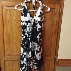 Echo Summer dress/Cover up Echo dress for cover-up worn want perfect condition halter neck. Beautiful black and white print Echo Dresses Backless