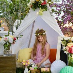 Boho chic party with woodland details, perfect for spring! Diy Flowers, Paper Flowers, Teepee Party, Croquet Party, Bohemian Party, Floral Hoops, Silk Flower Arrangements, Paper Lanterns, Reception Decorations