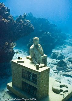 A look at tons of the different Underwater Sculptures Of Jason deCaires Taylor in various places, accompanied by the artist's own text.