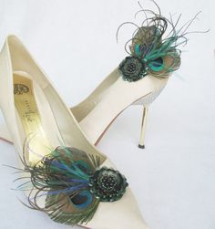 The perfect complement to a peacock hat: pretty peacock feather shoe clips by Chuletindesigns, $25.00