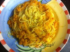 Linguine Pasta with a sauce of pumpkin, onion and parmigiano!