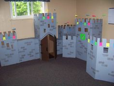 cardboard castle room :)