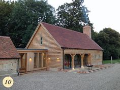 24 Ideas Farmhouse Design Plans Cabin For 2019 – FarmHouse 2020 Extension Veranda, Cottage Extension, House Extension Design, Garage Extension, Barn Conversion Exterior, Barn House Conversion, Barn Conversions, Oak Cladding, House Cladding