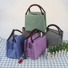 Hot sale Simple Stripe Oxford Tote lunch bags keep lunch box warm for women Beautiful waterproof Lunch Box bag student Bento bag