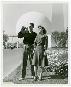 New York World's Fair 1939 Couple