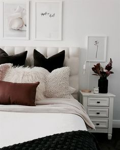 Create the perfect bedroom with these key principles and Principles for Creating the Perfect Elegant and Modern Master Bedroom Design Ideas 201845 Perfect Coastal Beach Bedroom Decorating Ideas Suites, Bedroom Inspo, Cozy Bedroom, Bedroom Cushions, Cushions On Bed, Bedroom Decor Glam, King Bedroom, Bedroom Vintage, Bedroom Lighting