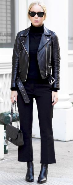 All Everything Black Fall Street Style Inspo by Victoria Tornegren