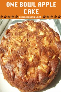 One Bowl Apple Cake Ingredients: 2 eggs 1 cups sugar 2 heaping teaspoons cinnamon cup oil 6 medium Gala or Fuji or Honey Crisp apples 2 cups flour 2 teaspoons baking soda Directions: Preheat oven to In a large bowl, mix the One Bowl Apple Cake Recipe, Apple Cake Recipes, Apple Cakes, German Apple Pie Recipe, Food Cakes, Cupcake Cakes, Cupcakes, Apple Desserts, Köstliche Desserts