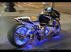 gsxr 1000 - Under lighting and stretched body taken to a new level