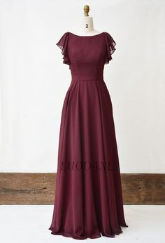 Bridesmaid dresses with sleeves - Chiffon Bridesmaid Dress Burgundy Wide Cascading Ruffle Sleeves Long Prom Dress Boat Neckline Formal Dress Floor Length Dress For Women – Bridesmaid dresses with sleeves Simple Short Dresses, Simple Dress Casual, Classy Dress, Casual Dresses, Simple Gowns, Bridesmaid Dresses With Sleeves, Burgundy Bridesmaid Dresses, Evening Dresses With Sleeves, Prom Dresses