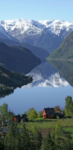 Red Barn & House In Ulvik, Norway